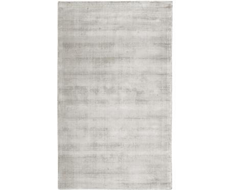 Tappeto in viscosa color grigio chiaro-beige tessuto a mano Jane